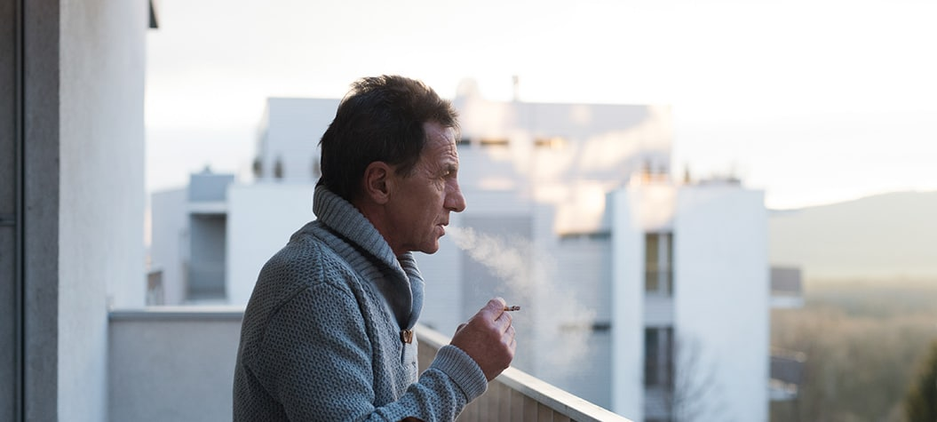 Number of older smokers in the UK increase for the first time in years